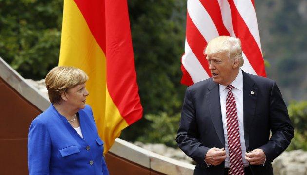 Меркель і Трамп закликали Росію припинити бомбардування Сирії