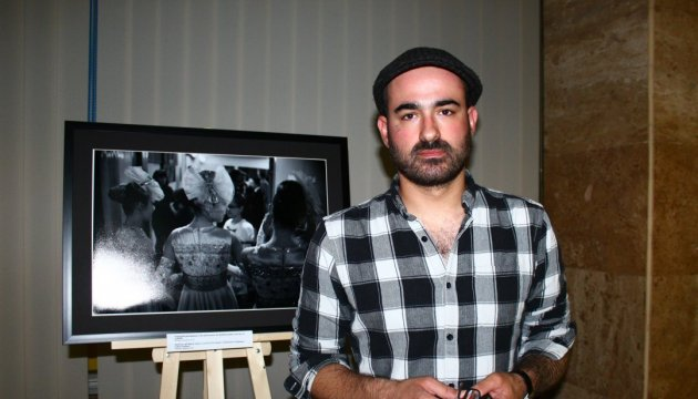 Exhibition of French photographer 'To Live. Person in the War' opens in Kyiv. Photos