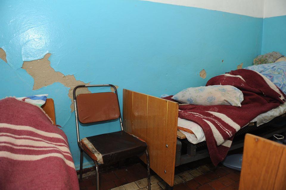 Ось як виглядає одне з приміщень районної лікарні // Фото з Фейсбук-сторінки Люсьєни Шум