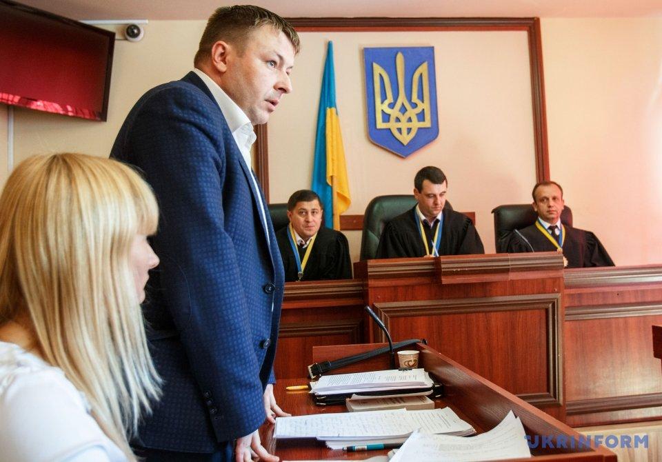 Роман Бухтояров (ліворуч)