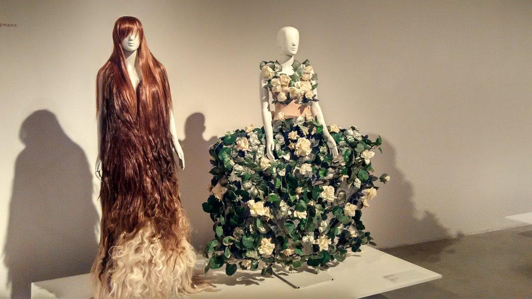 Олексій Залевський створив сукню з волосся на півроку раніше за Alexander McQueen