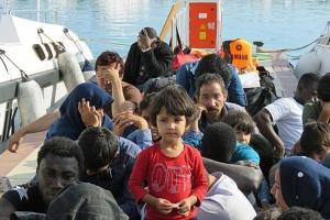 З моря поблизу Лівії урятували ще майже 90 мігрантів