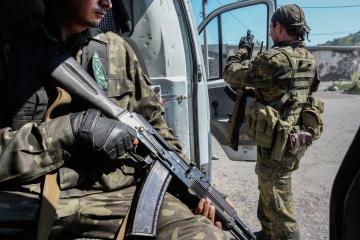 Trotz der Truppenentflechtung: Besatzer halten in der Ostukraine Manöver ab