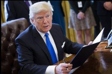 Белый дом: Трамп не имеет намерений препятствовать расследованию спецпрокурора