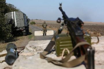 Les combattants pro-russes continuent à utiliser des mortiers lourds