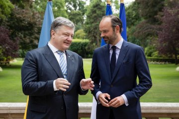 Ukrainian President, French PM discuss ways to enhance economic cooperation