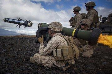 Пентагон вивчає, яка летальна зброя потрібна Україні