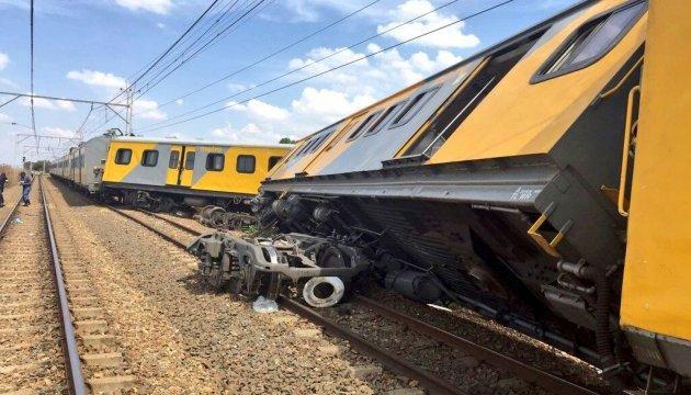 Недалеко от Йоханнесбурга столкнулись поезда: есть жертвы