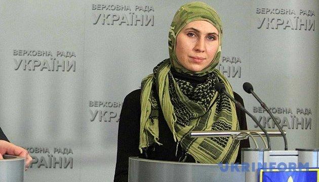 Окуева рассказала подробности нападения на нее и ее мужа