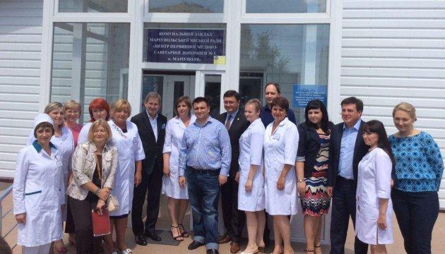 В Мариуполе Ган посетил амбулаторию, в строительство которой европартнеры инвестировали более 2 млн грн