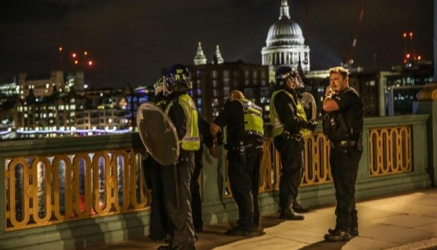 Двойной теракт в Лондоне: число жертв возросло до семи
