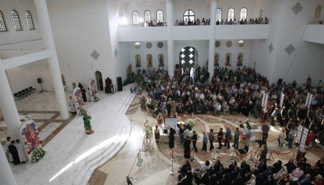 Перші особи держави прощаються з Любомиром Гузаром