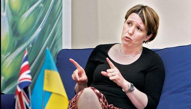Посол Британії назвала умову, аби запустити безвіз з Україною