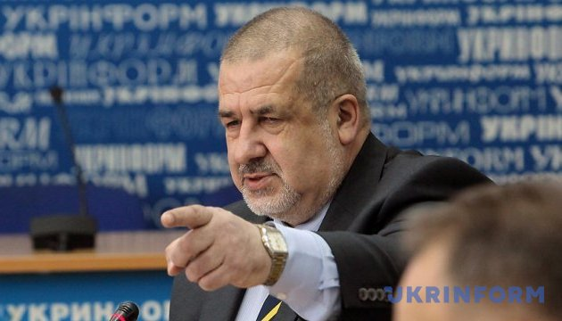 Chubarov announces creation of Public Council on Crimea