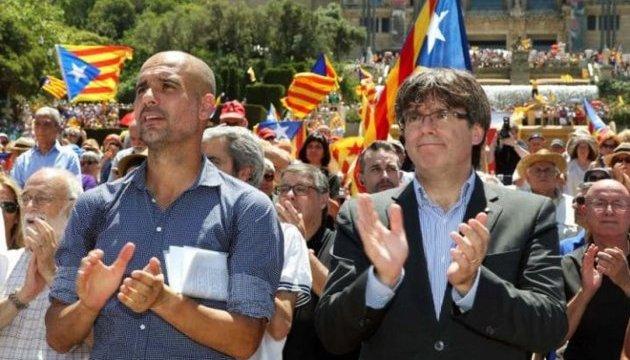 """Лідер Каталонії арешту не боїться, але це - """"варварство"""" з боку уряду"""