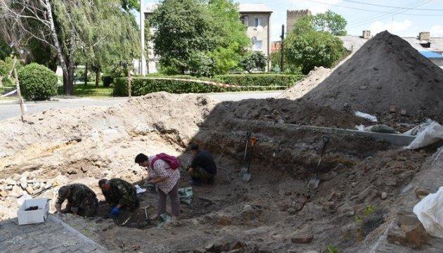 В Луцке эксгумируют останки расстрелянных НКВД заключенных