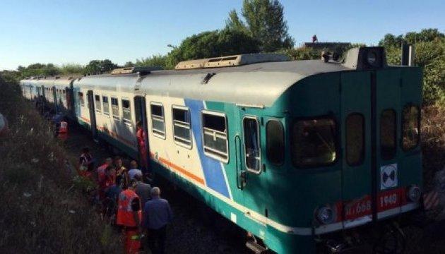 Столкновение двух поездов в Италии: 10 пострадавших