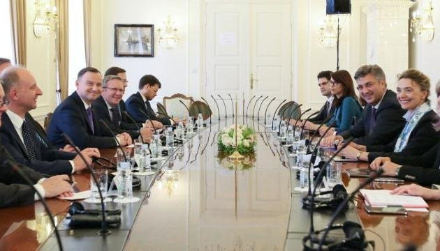 Leaders of Poland, Croatia discuss support for peace process in Ukraine