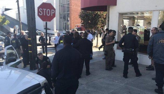 У Сан-Франциско відкрили стрілянину біля пошти, є поранені