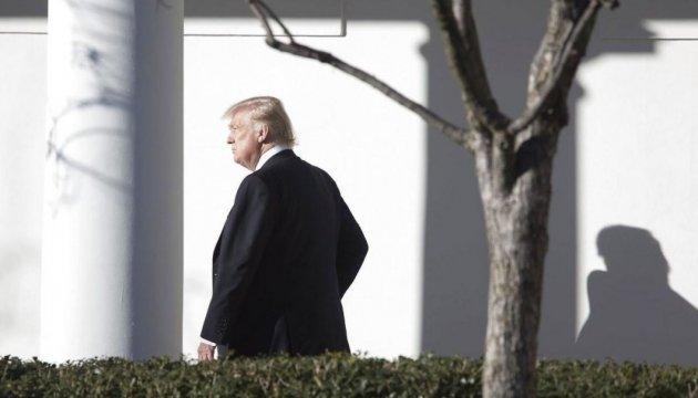 Демократы США подали многомиллионный иск против Трампа, России и WikiLeaks