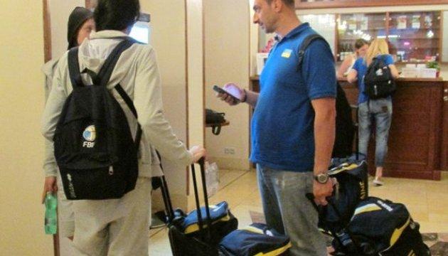Жіноча збірна України добиралася на Євробаскет у Чехії майже 11 годин