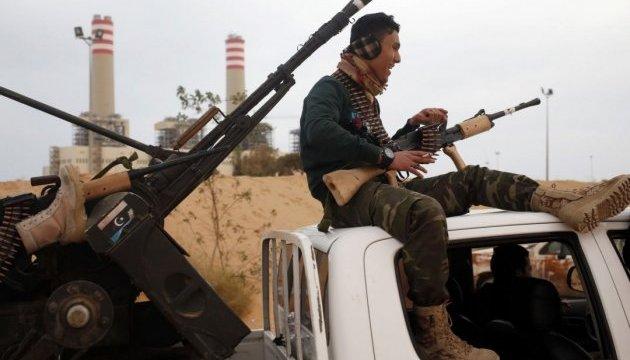 ОАЭ нарушает эмбарго на поставки оружия в Ливию - ООН