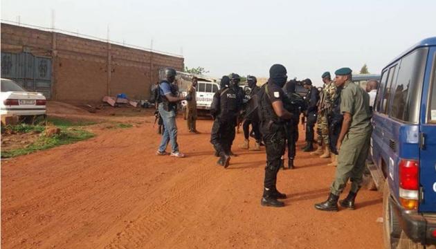 У Малі під час нападу на військову базу загинули щонайменше 16 армійців - ЗМІ