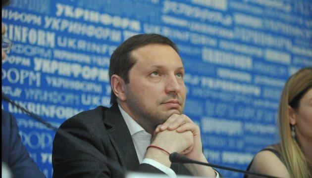 Стець привітав Сущенка і всіх журналістів-бранців Кремля з професійним святом