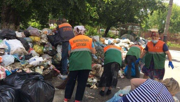 Супрун: Сміття у Львові треба прибрати, поки не почалась епідемія тифу чи холери