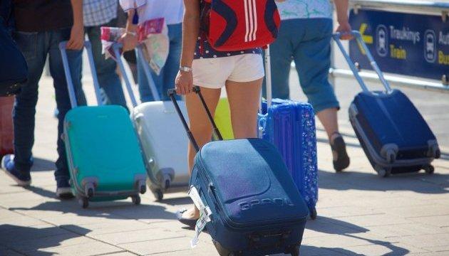 З 1400 випускників-кримчан, які у 2014 поїхали до Московії, половина повернулася