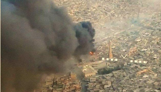 Боевики ИГИЛ взорвали главную мечеть Мосула