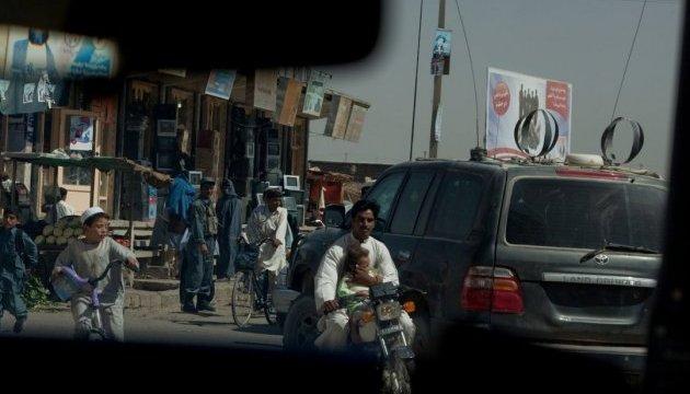 В Афганистане возле банка взорвалась машина: минимум 20 жертв