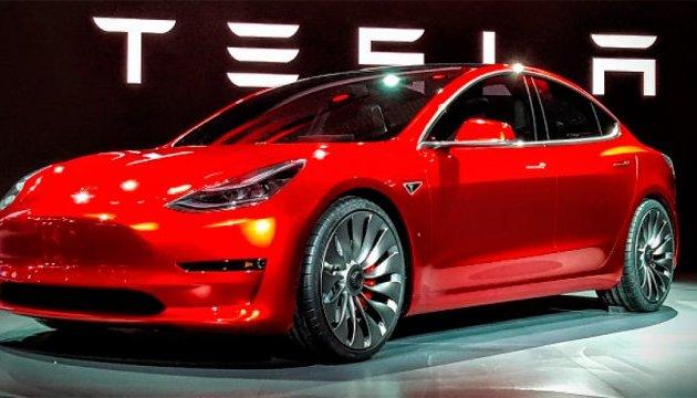 Tesla зібралася виробляти електрокари в Шанхаї - Bloomberg