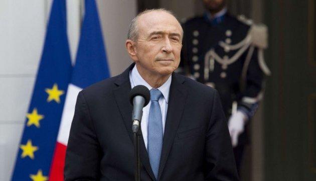 Правительство Франции не планирует создавать новый центр для мигрантов в Кале