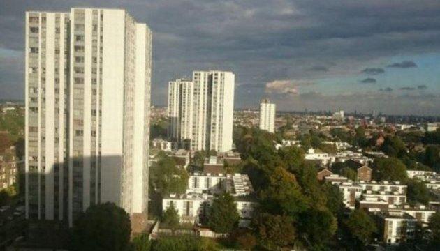 Жителей пяти высоток в Лондоне эвакуировали, чтобы не повторился пожар