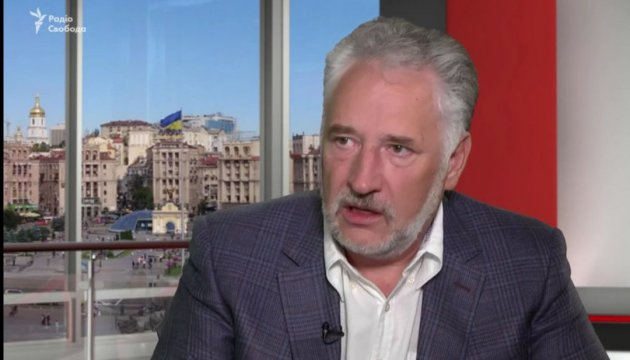 Zhebrivsky checks construction progress of gas pipeline to Avdiivka