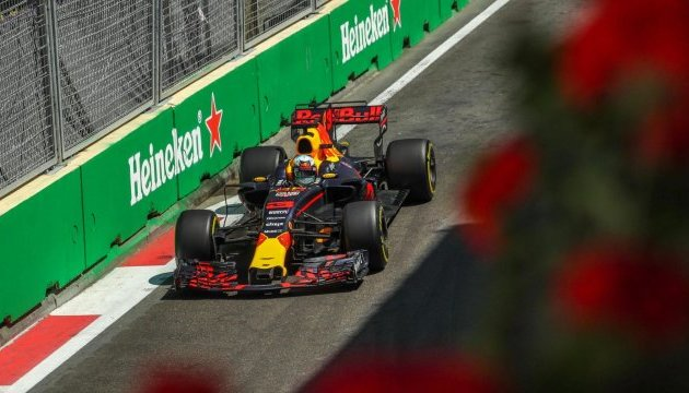 Формула-1: Риккардо с «Ред Булл» победил на Гран-при Азербайджана