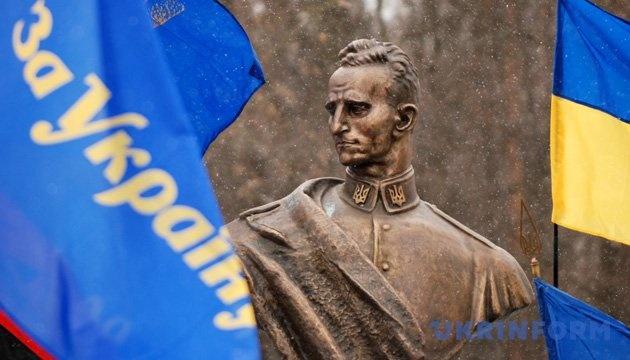 Суд в Киеве окончательно узаконил проспект Шухевича - Цензор.НЕТ 3650
