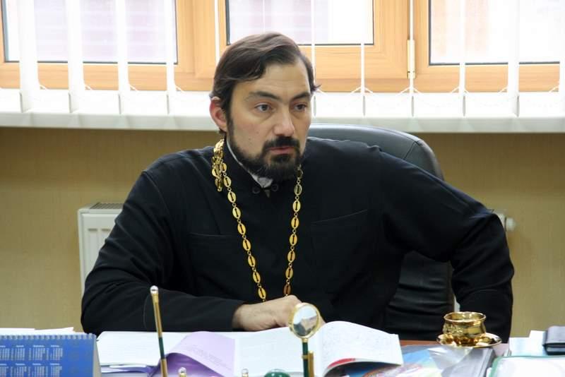 Віктор Яценко, настоятель Свято-Володимирського храму