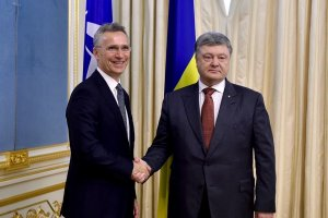 Poroshenko habló con Stoltenberg sobre la cooperación entre Ucrania y la OTAN (Fotos, Vídeo)