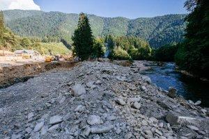 Закарпатці протестують:  міні-ГЕС руйнують ріки