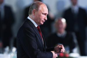 Путін вимагає від України продовжити закон про особливий статус Донбасу