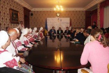 В Риге диаспора встретилась с экспертами и артистами из Украины