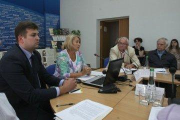 Как сохранить и приумножить архивно-музейные сокровища Украины
