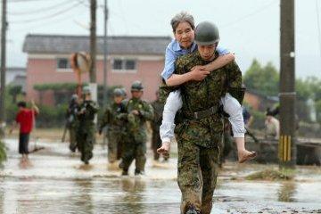 Ливни в Японии: эвакуированы полмиллиона человек, трое погибших
