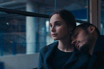 Фильм «Сломя голову» теперь можно посмотреть онлайн