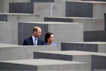 Кейт та Вільям у європейському турне: королівська пара зустрілася з Меркель