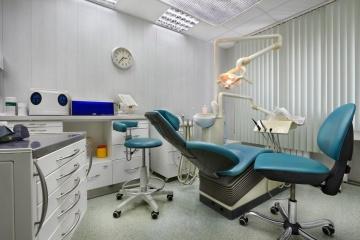 Коли послугою стоматолога можна скористатися безоплатно – роз'яснення НСЗУ