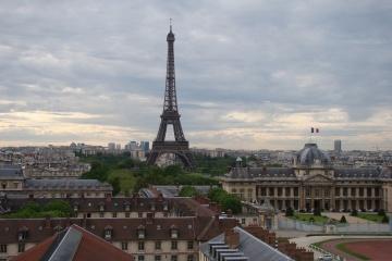 Ейфелева вежа відкриється для відвідувачів 25 червня