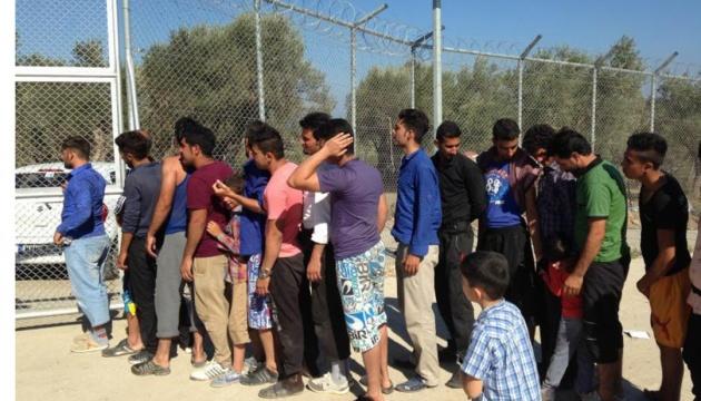 Туреччина забере з переповнених грецьких островів 15 тисяч мігрантів
